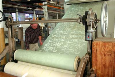 Hand Screen Printed Fabric Manufacturing